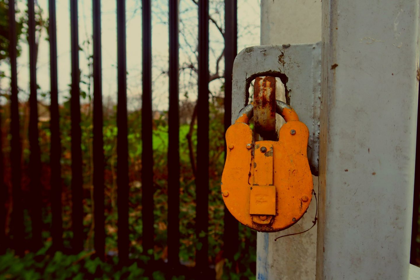 padlock colour east Dulwich